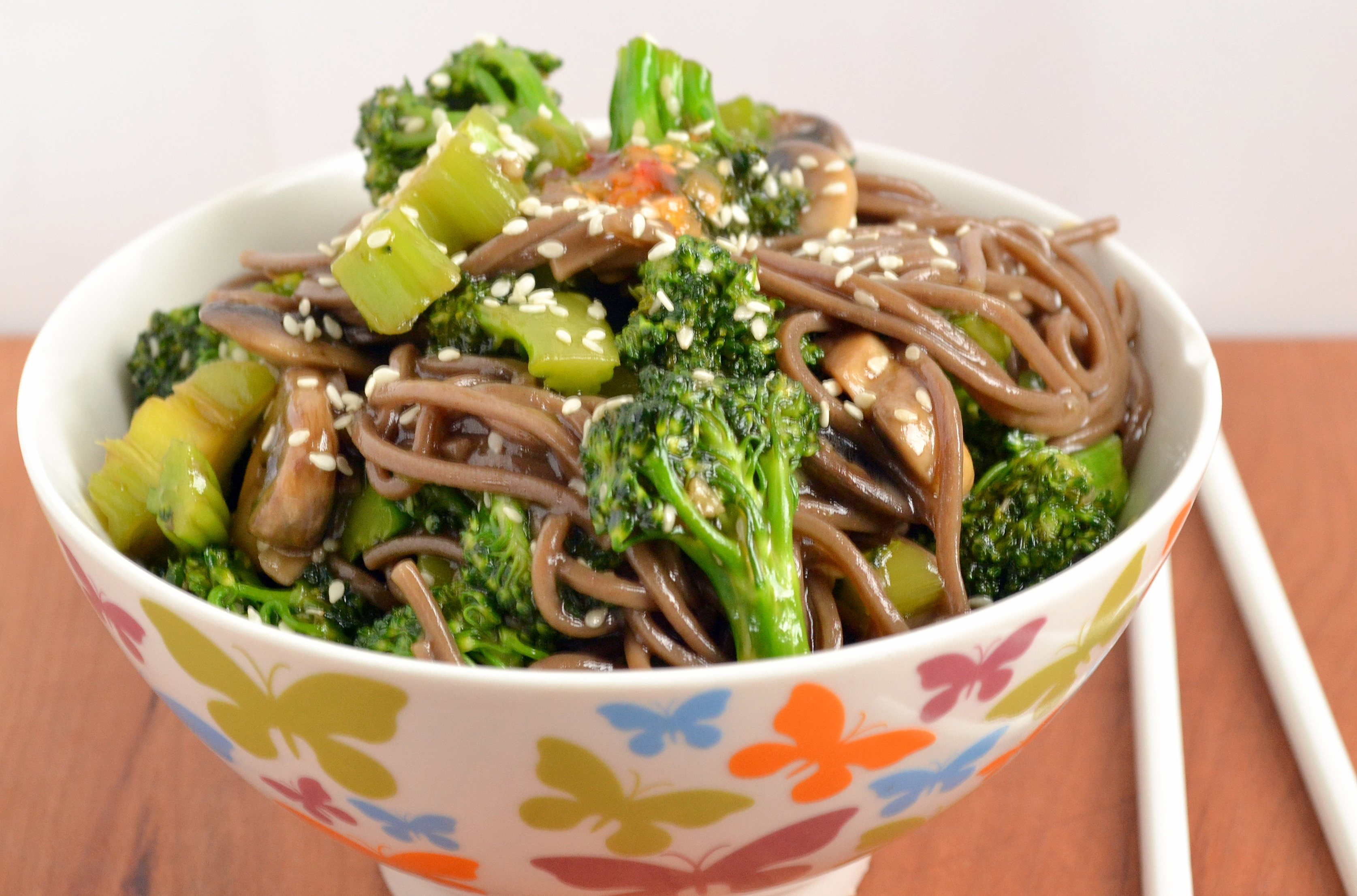 Chinese Stir Fry Buckwheat Noodles