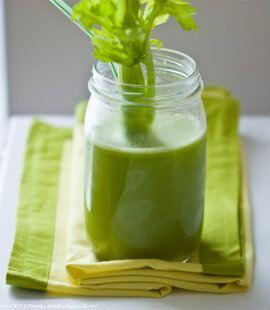 alkaline-green-ginger-celery-juice